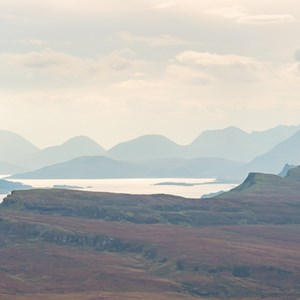 2016-10-16 - Panorama vanaf The Old man of Storr<br/>Old Man of Storr - Trotternish - Schotland<br/>Canon EOS 5D Mark III - 200 mm - f/8.0, 1/250 sec, ISO 400