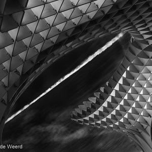 2017-05-08 - Metropol Parasol and the cloud<br/>Metropol Parasol - Sevilla - Spanje<br/>Canon EOS 5D Mark III - 70 mm - f/8.0, 1/640 sec, ISO 400