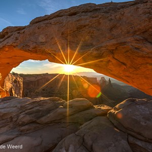 2014-07-13 - Mesa Arch - photoItem.Description<br/>Canyonlands National Park (Islan - Moab - Verenigde Staten<br/>Canon EOS 5D Mark III - 17 mm - f/16.0, 1/80 sec, ISO 100