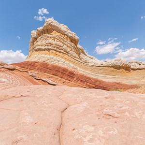 2014-07-17 - Rood, geel, wit<br/>White Pocket (Paria Canyon) - Kanab - Verenigde Staten<br/>Canon EOS 5D Mark III - 17 mm - f/11.0, 1/160 sec, ISO 100