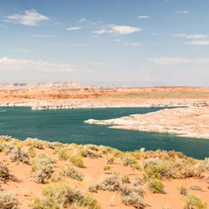 2014-07-18 - Panorama van Lake Powell<br/>Lake Powell - Page - Verenigde Staten<br/>Canon EOS 5D Mark III - 44 mm - f/8.0, 1/125 sec, ISO 100