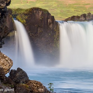2012-07-31 - Na zonsopkomst<br/>Godafoss - IJsland<br/>Canon EOS 7D - 100 mm - f/16.0, 1.3 sec, ISO 100