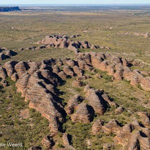 2011-07-20 - Uniek landschap, de Bungle Bungles van boven gezien<br/>In helicopter boven de rotsen - Pernululu National Park (Bungle  - Australië<br/>Canon EOS 7D - 24 mm - f/5.0, 1/800 sec, ISO 200
