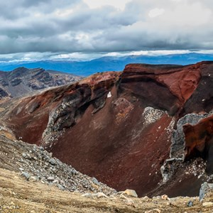 2018-11-29 - Red crater - dit vonden we ééen van de mooiste plekken onderwe<br/>Tongariro Alpine Crossing - Tongariro National Park - Nieuw-Zeeland<br/>Canon EOS 5D Mark III - 24 mm - f/11.0, 0.04 sec, ISO 200